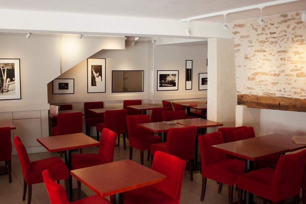 DOMINIQUE TUAL Nicolas Café